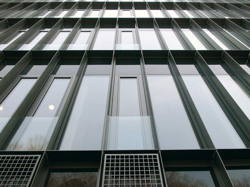 MGF / Armin Günster: Deutsche Botschaft Tokio - best architects 07