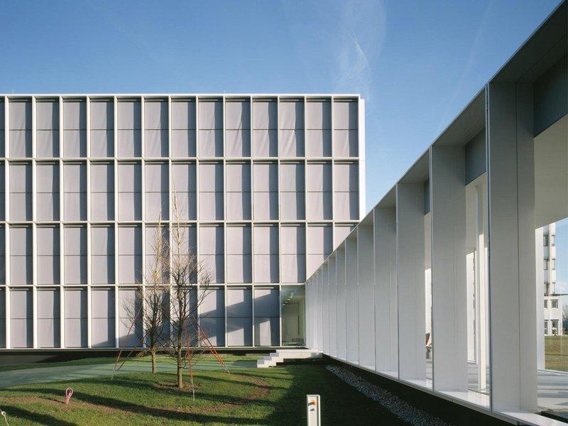 Nissen & Wentzlaff: Bürogebäude Roche Pharma - best architects 09 gold