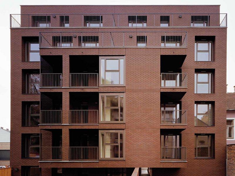 BEHF: Wohnbau Kollmayergasse 18 - best architects 09 gold
