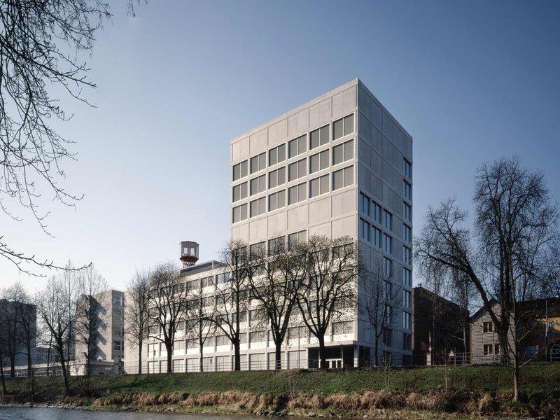 Stücheli Architekten: Technische Berufsschule Zürich - best architects 09 gold