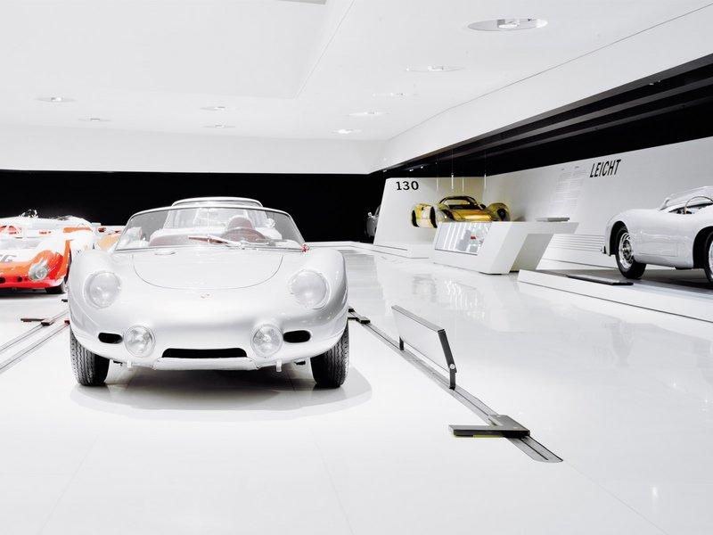 hg merz: Porsche Museum - best architects 10 gold