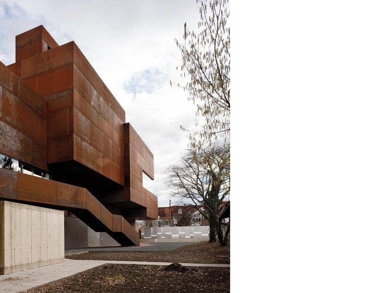 Gangoly & Kristiner Architekten: Veranstaltungs-, Seminar- und Ausstellungszentrum - best architects 10