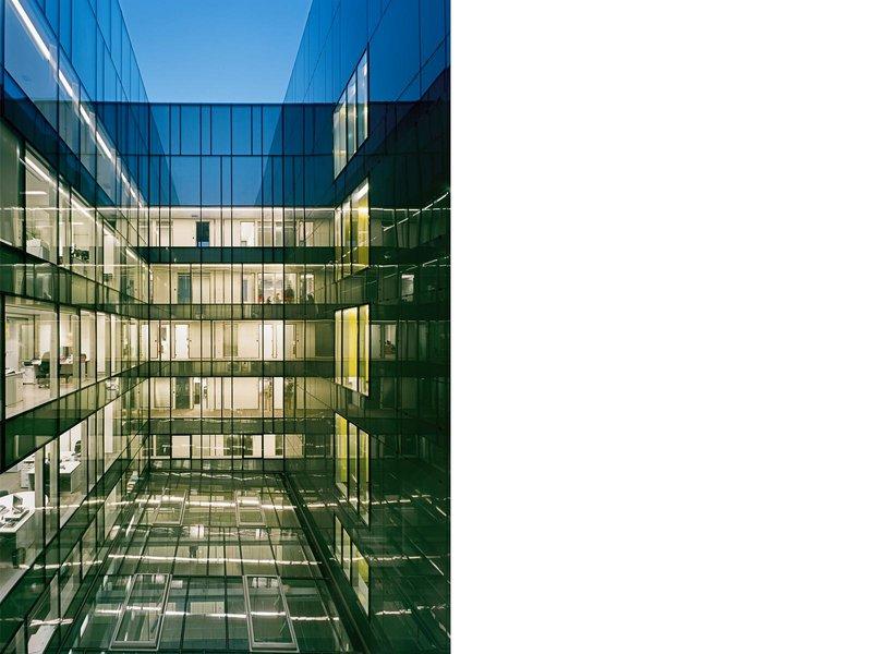 Karl und Bremhorst Architekten: Raiffeisenzentrale Sarajewo, Bosnien Herzegowina - best architects 12