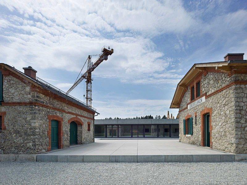 Bögl Gierer Architekten: Innovationszentrum der Max Bögl Bauunternehmung - best architects 12 gold