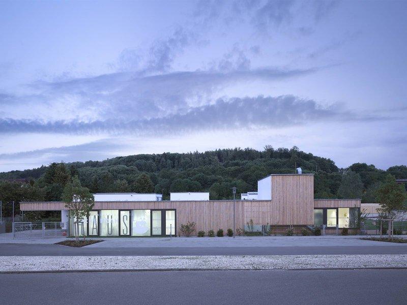 L/A LIEBEL/ARCHITEKTEN: Kinderhaus Hüttlingen - best architects 12