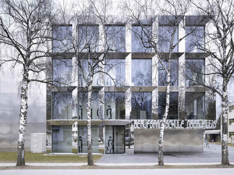 Bonnard Wœffray architectes: BSV   Berufsfachschule Visp, Schweiz - best architects 12