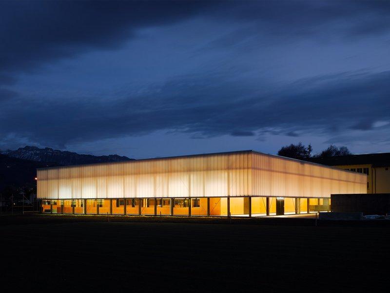 müller verdan architekten: Dreifach-Sporthalle Gotthelf - best architects 12