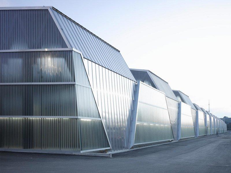Penzel Valier: Tramdepot Bern - best architects 13 in Gold
