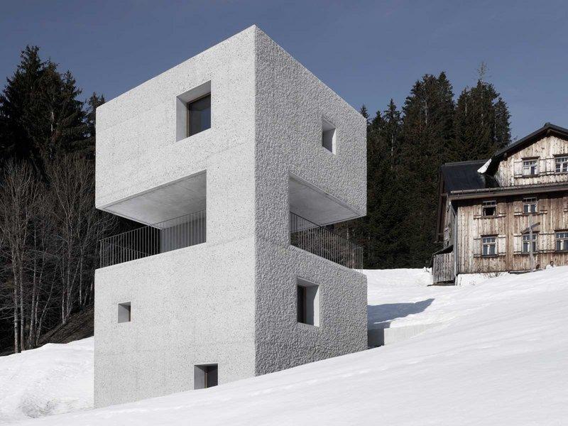 Marte.Marte Architekten: Schutzhütte im Laternsertal - best architects 13 in Gold