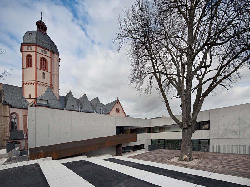 AV1 Architekten GmbH: Neubau Pfarrheim und Mensa St. Stephan in Mainz - best architects 13