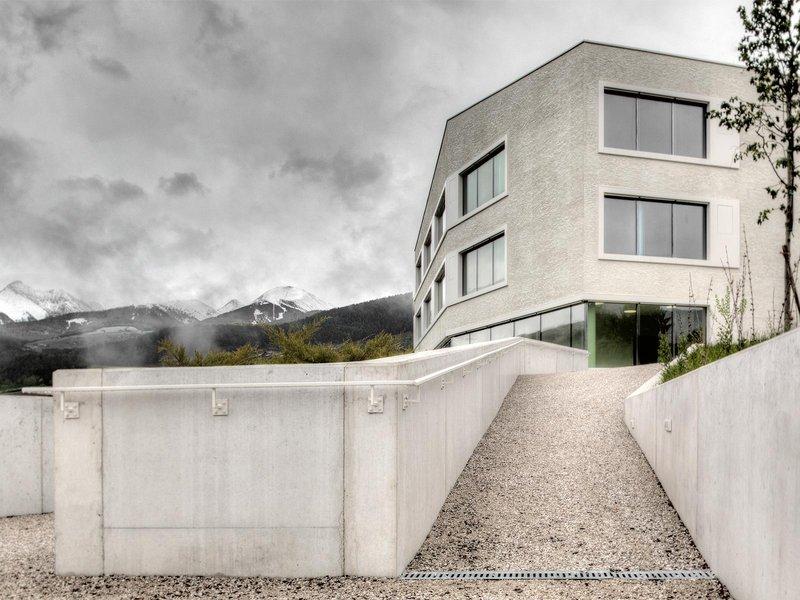 Pedevilla Architekten: Grundschule Rodeneck - best architects 13