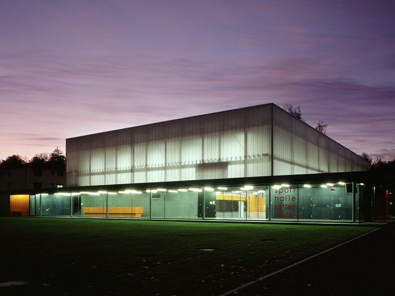 müller verdan architekten: Dreifachsporthalle Kottenmatte Sursee - best architects 13