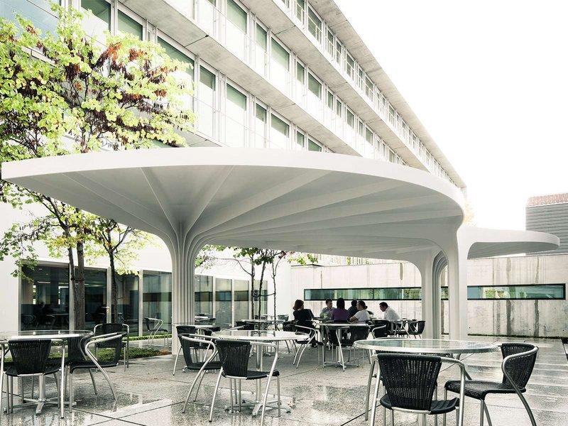 SAM Architekten und Partner AG: Ein Blatt im Hof - best architects 13