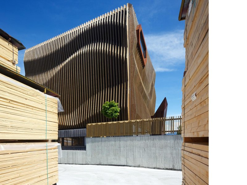 MODUS architects ATTIA-SCAGNOL : Neuer Sitz DAMIANI-HOLZ&KO AG - best architects 14