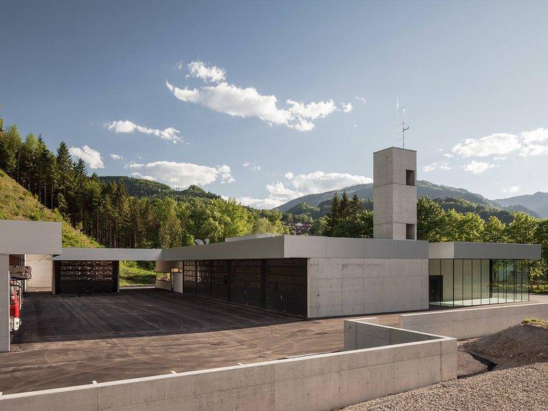 HERTL.ARCHITEKTEN: Feuerwehr und Bauhof Weyer - best architects 14