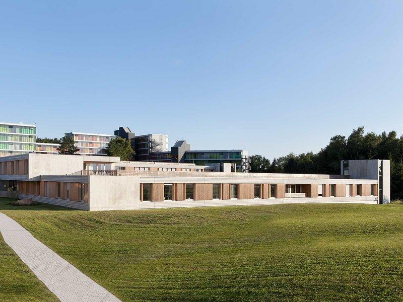 huber staudt architekten: Zentrum für Psychiatrie Friedrichshafen - best architects 14