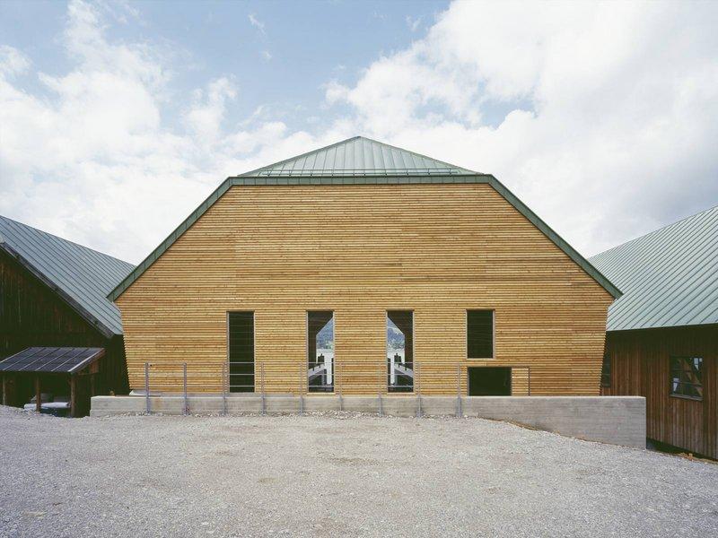 Claudia Schreiber Architektur und Stadtplanung : Werft Tegernsee – Bootshaus mit Schwimmdock - best architects 14