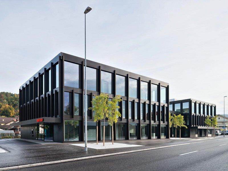 Liechti Graf Zumsteg: Raiffeisenbank Untersiggenthal - best architects 15