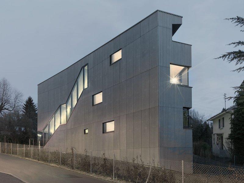 LOCALARCHITECTURE: Wohnhaus Rovéréaz - best architects 15