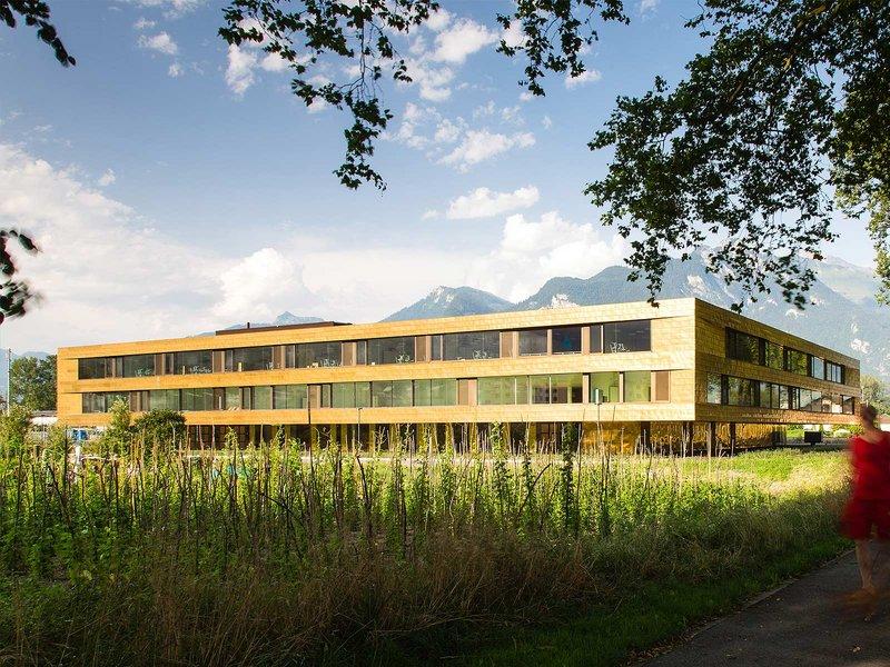 Berrel Berrel Kräutler Architekten: Orientierungsschule / Vouvry - best architects 15