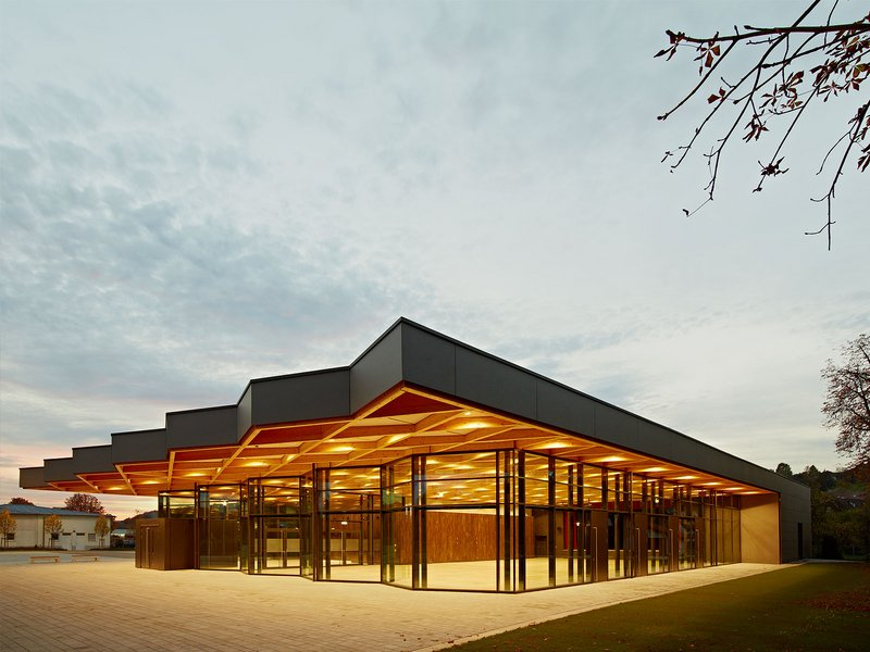 Ackermann + Raff: Festhalle Neckarallee in Neckartailfingen - best architects 15