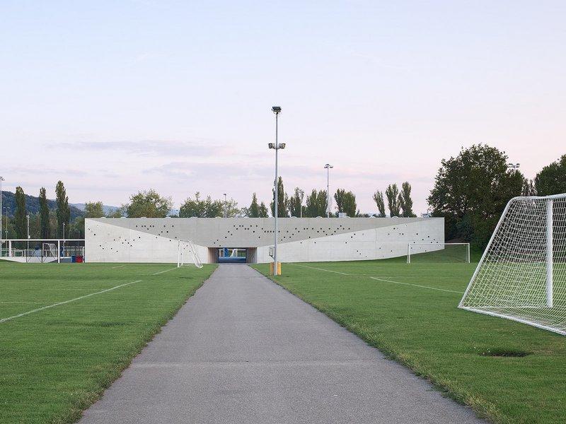 Luca Selva Architekten: Nachwuchs-Campus FC Basel 1893 - best architects 15