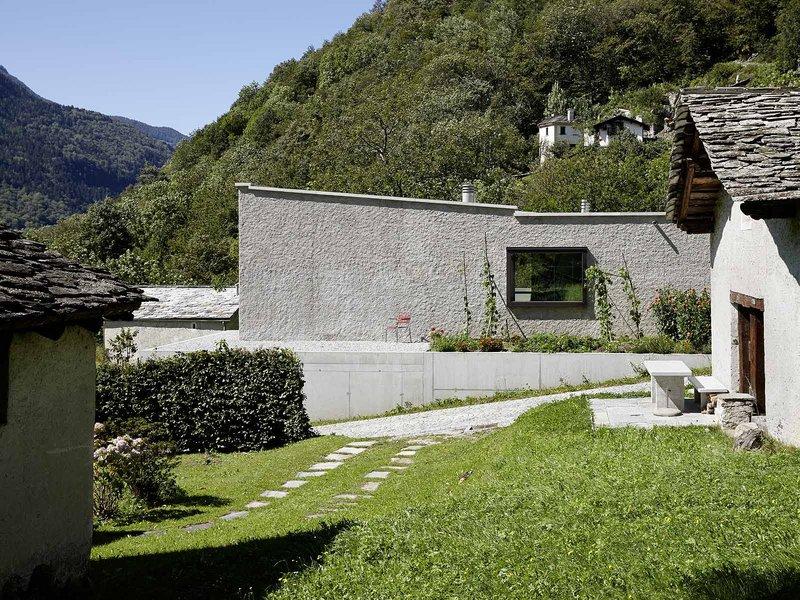 Ruinelli Associati Architetti: Single-family home in Castasegna - best architects 16