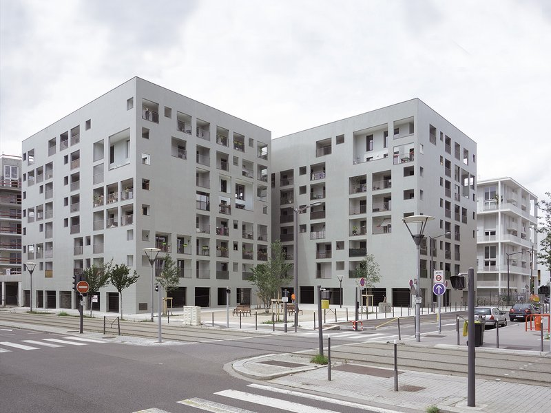 Éric Lapierre Architecture: 86 Dwellings - best architects 16 in Gold