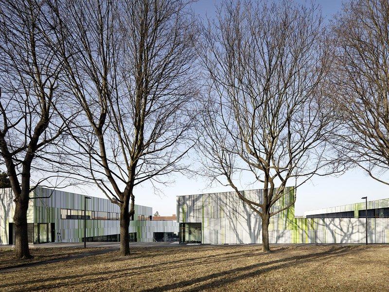 franz: Regional youth centre / Hollabrunn - best architects 16