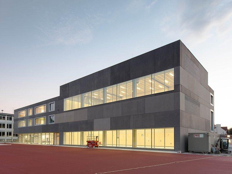 bayer + strobel architekten: Primary scholl extension in Unterföhring - best architects 16