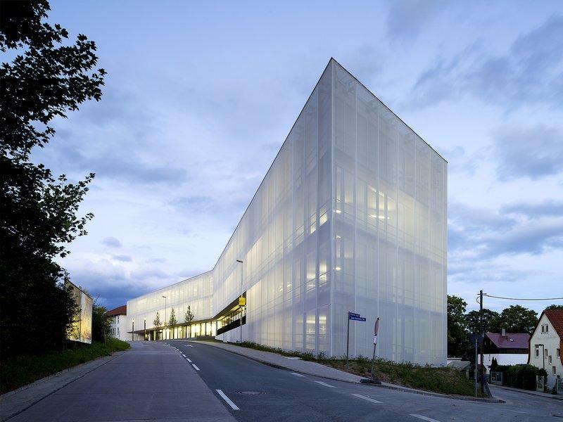 Archiscape - Architekten und Landschaftsarchitekten mit HKS: Fritz Lippmann Institute - best architects 16