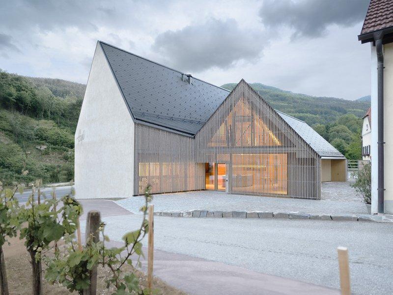 Elmar Ludescher Architekt + Philip Lutz Architekt : Högl Winery - best architects 16
