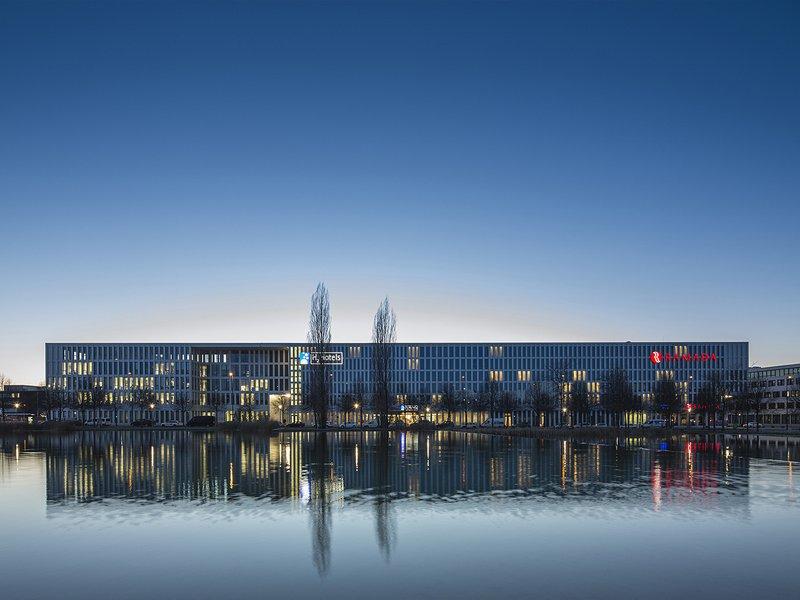 GOETZ CASTORPH ARCHITEKTEN UND STADTPLANER: Hotels and Offices on Riemer Lake - best architects 16
