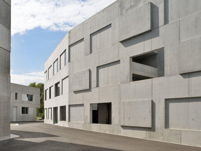 Atelier M Architekten: 0615_uedo - fire exercise building in training village - best architects 16