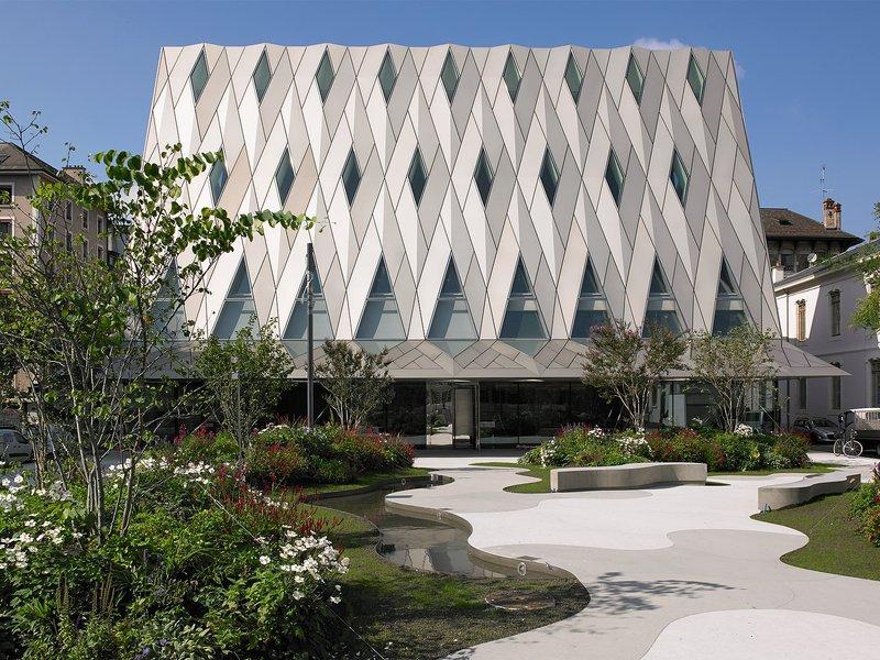 Graber Pulver Architekten: Musée d'ethnographie de Genève - best architects 16 in Gold
