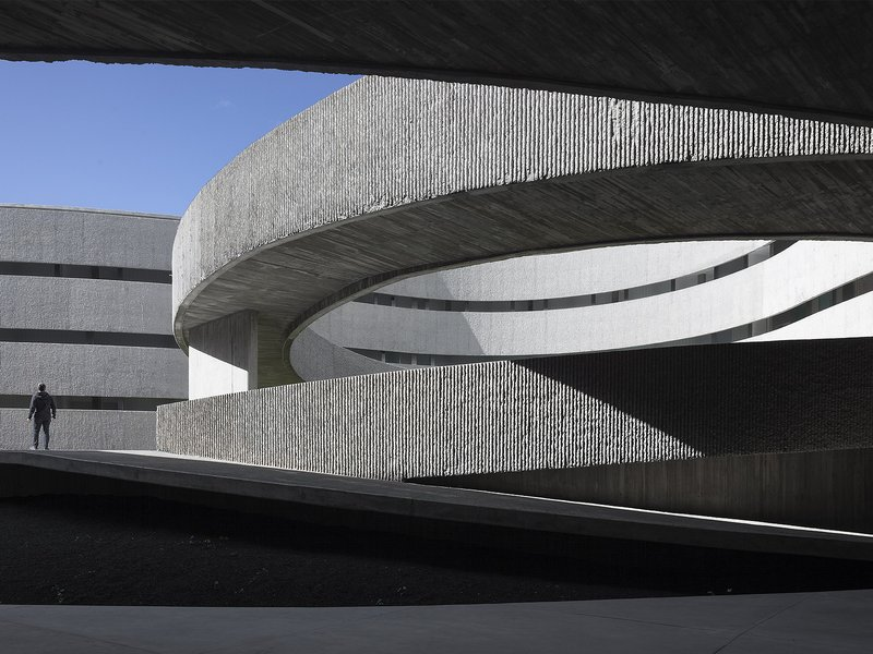 gpy arquitectos: Faculty of Fine Arts / University of La Laguna - best architects 17 in Gold