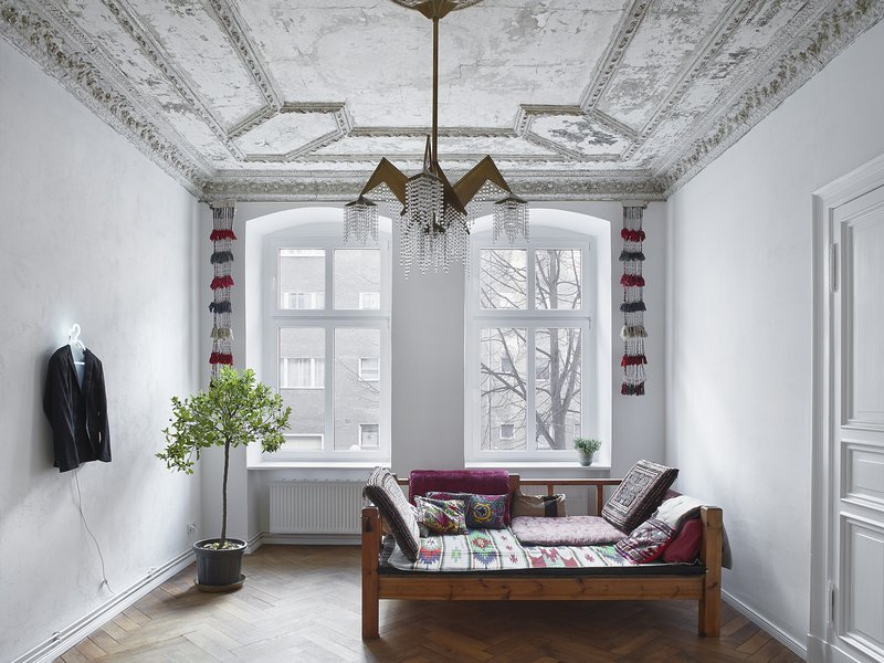 marc benjamin drewes & schneideroelsen: Berlin apartment in heritage building - best architects 17