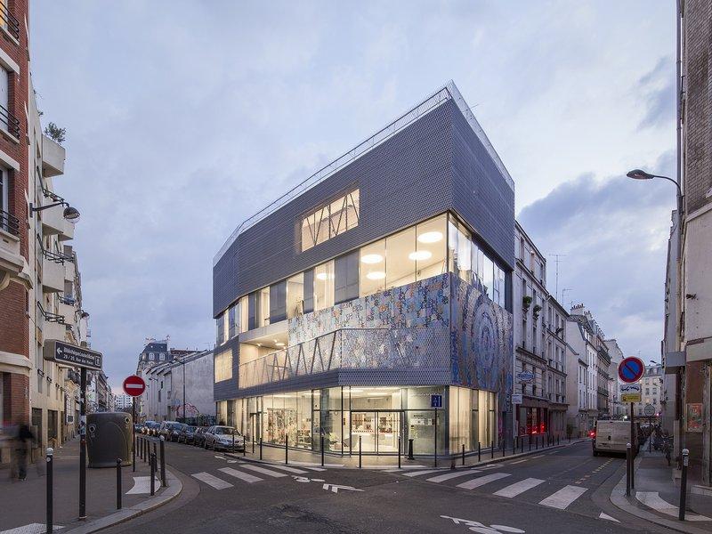 agissilaos pangalos and anne feldmann architectes: Urban Tattoo / Ken Saro-Wiwa center of arts - best architects 17