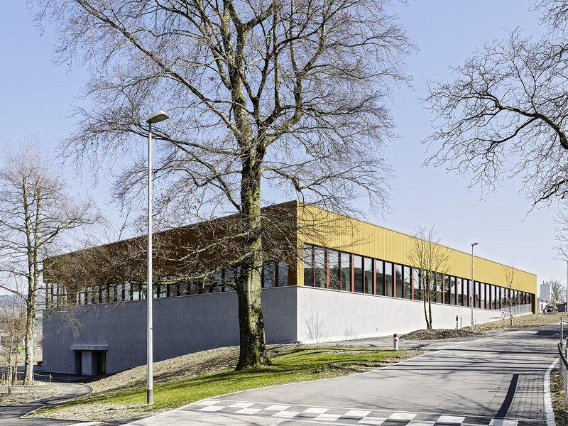 pool Architekten: Mehrzweckhalle Wetzikon - best architects 17