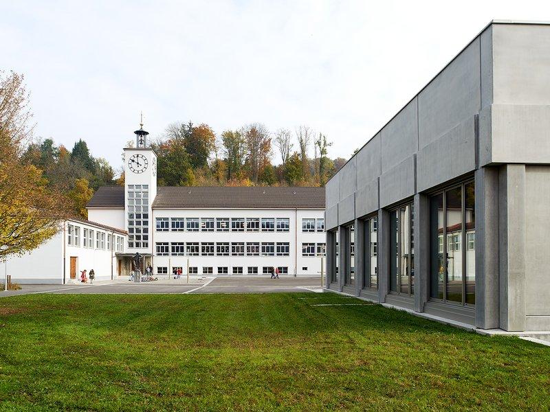 Michael Meier und Marius Hug Architekten: Schulanlage Rikon Zell - best architects 17