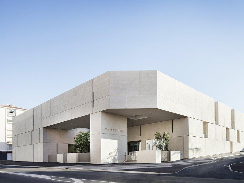 ateliers 2/3/4/ : Gerichtsgebäude in Béziers - best architects 17
