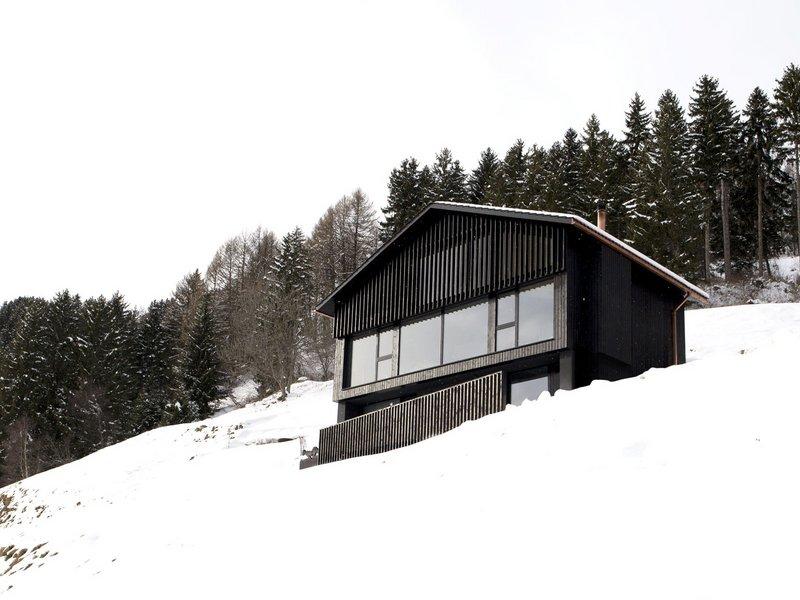Hurst Song Architekten: Chasa Nair - best architects 17
