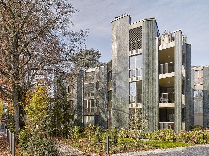 Edelaar Mosayebi Inderbitzin Architekten: Wohnbauten Steinwies-/Irisstrasse - best architects 17 in Gold