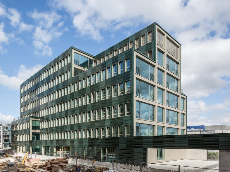 Andreas Heupel: H7 administrative building - best architects 18 in Gold