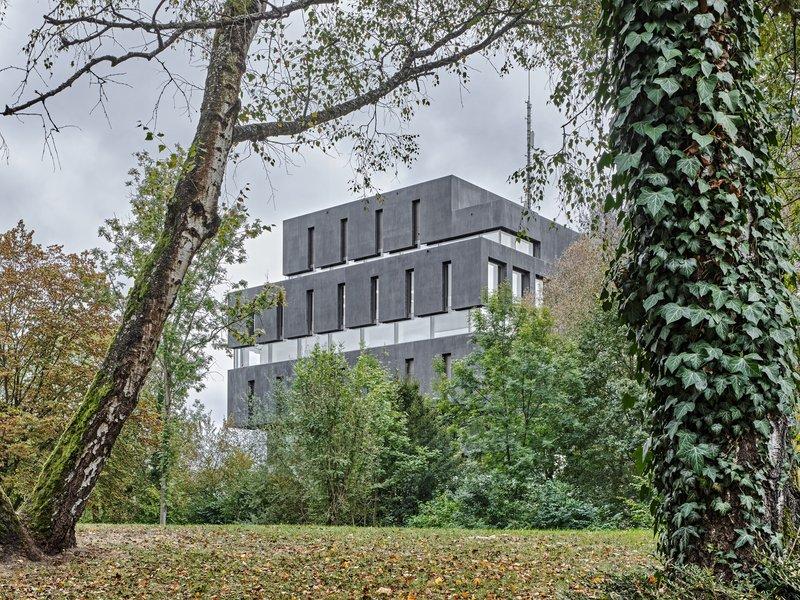 Schneider & Schneider: Kantonale Notrufzentrale Aarau - best architects 18