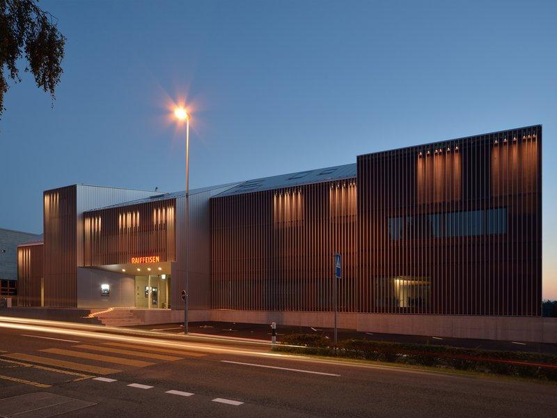 GKS Architekten Generalplaner: Erweiterung Bank Raiffeisen - best architects 18