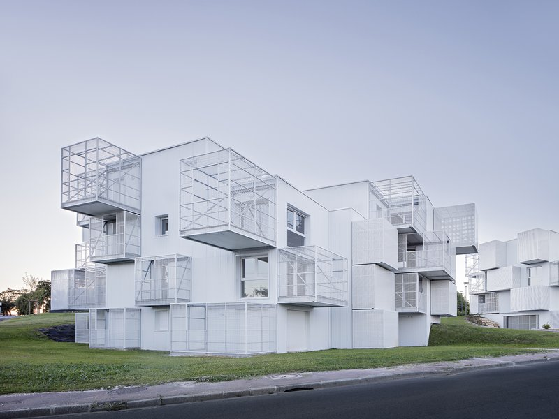 MORE architecture / POGGI architecture: White Clouds - best architects 18