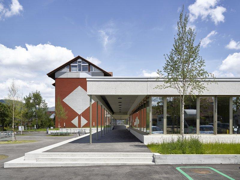 Lorenz Architekten: Erweiterung Schulhaus Kappel - best architects 19