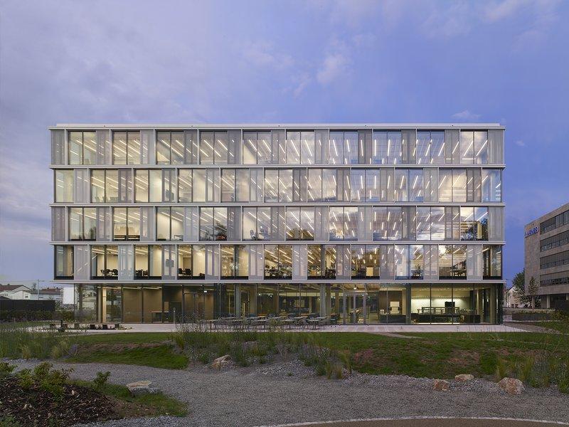 Riehle+Assoziierte: AEB Headquarters  - best architects 19
