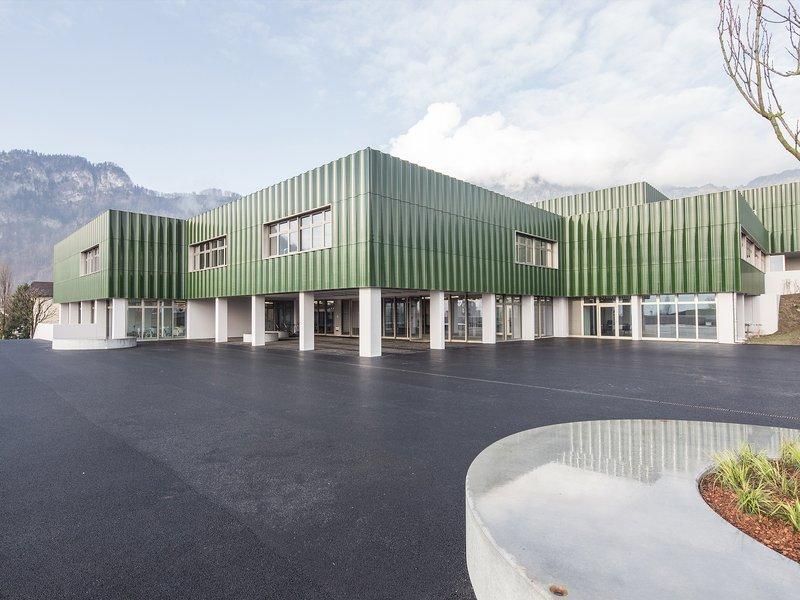 SCHMID ZIÖRJEN ARCHITEKTENkollektiv: Gesamterneuerung Schulhaus Grossmatt - best architects 20